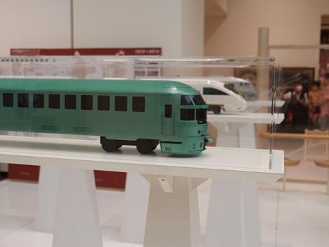 水戸岡鋭治展で展示されている水戸岡さんデザインの模型